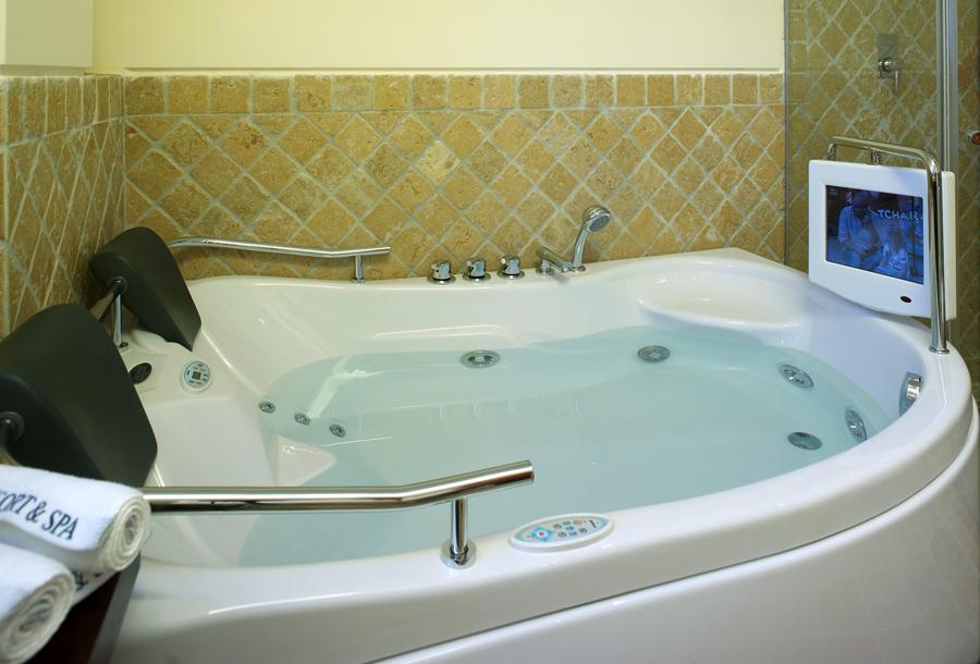 Suites Alba Bath